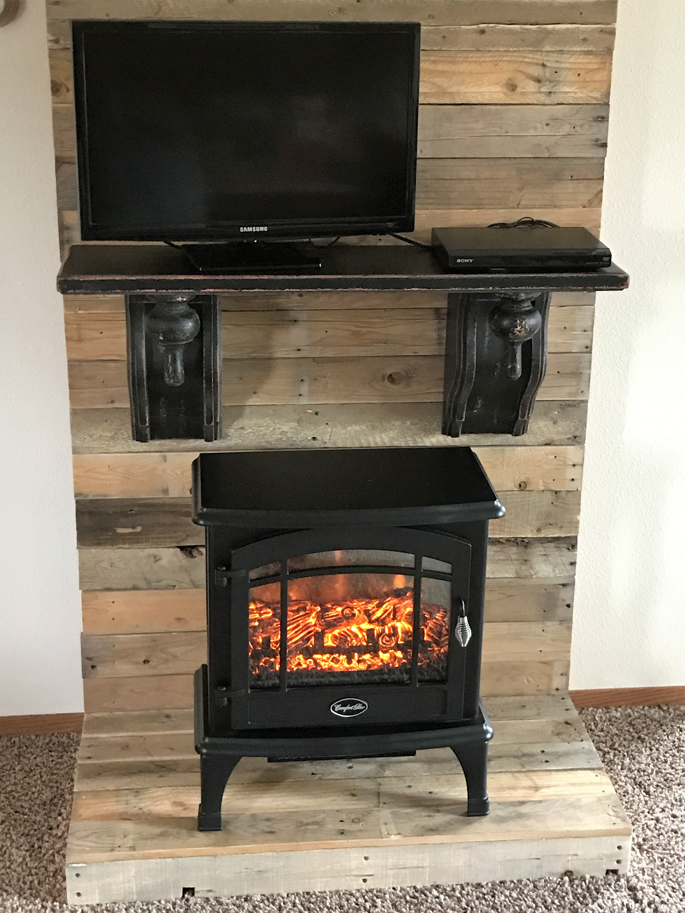 Diy Faux Fireplace Backdrop Farmhouse Style The Enduring